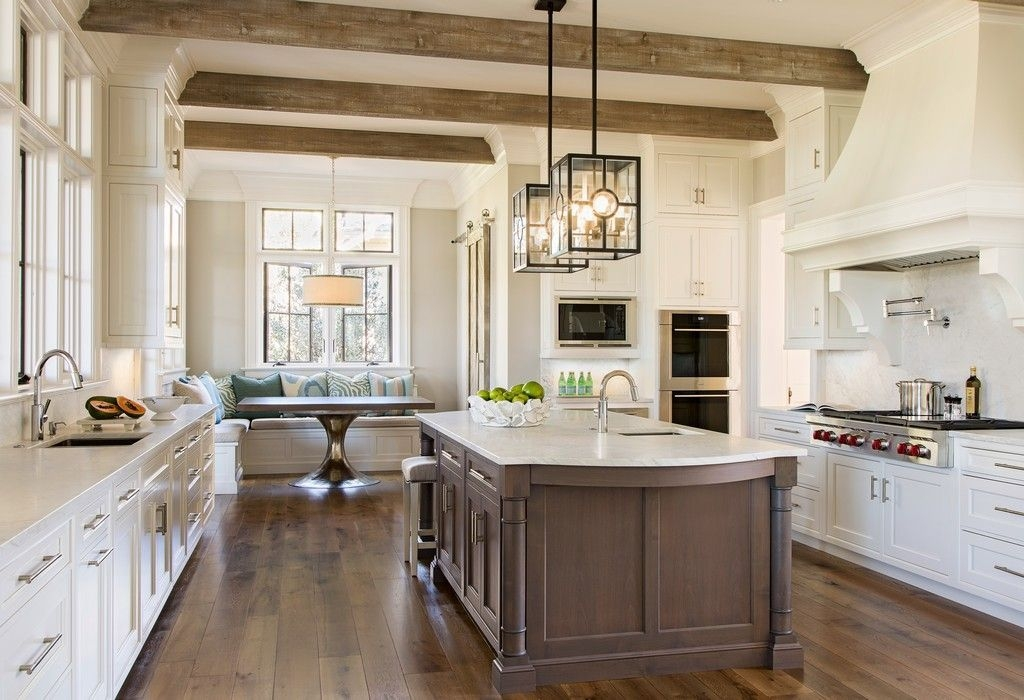 35 Traditional Kitchen Design Ideas  Timeless Kitchen Traditional Kitchen Design Interior