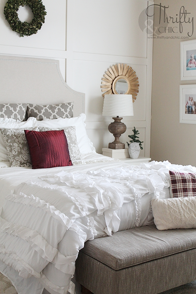 50 Amazing Christmas Bedroom Decorating Ideas To Refresh And Calm Your Spirits  Detectview