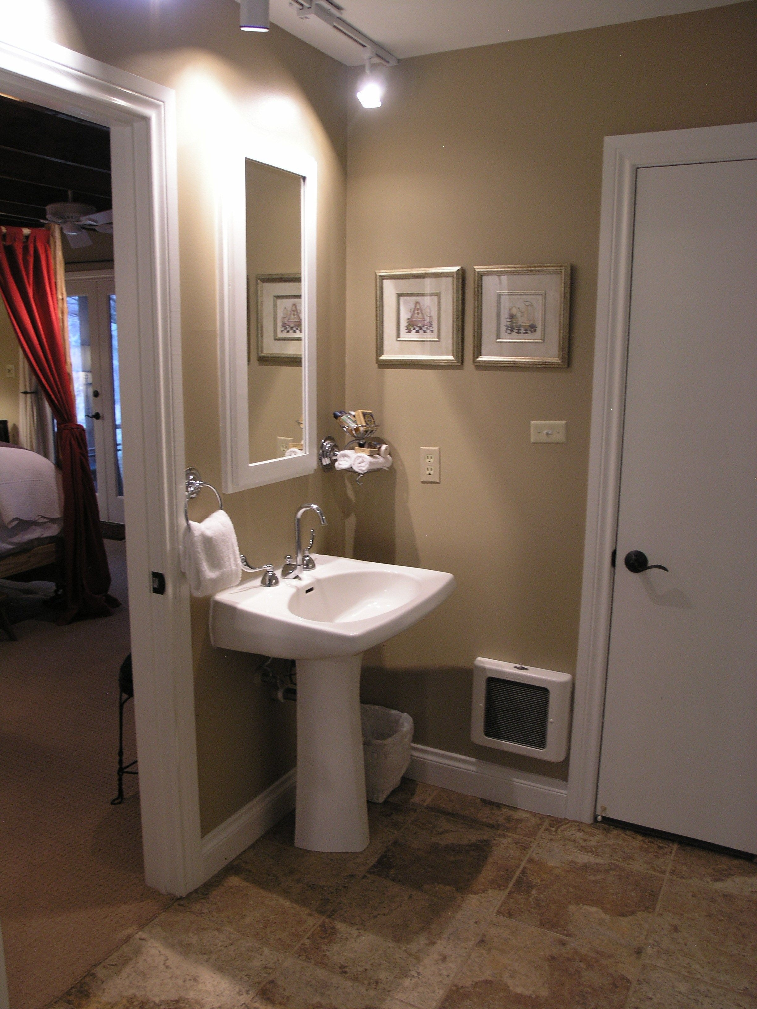 For Best Small Master Bathroom Design Ideas Designs Pictures  Woody Nody