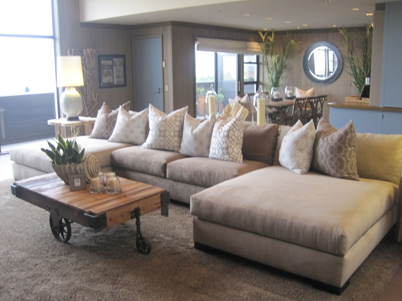 Furniture Cozy Living Room Using Stylish Oversized Sectional — Lesstestingmorelearning