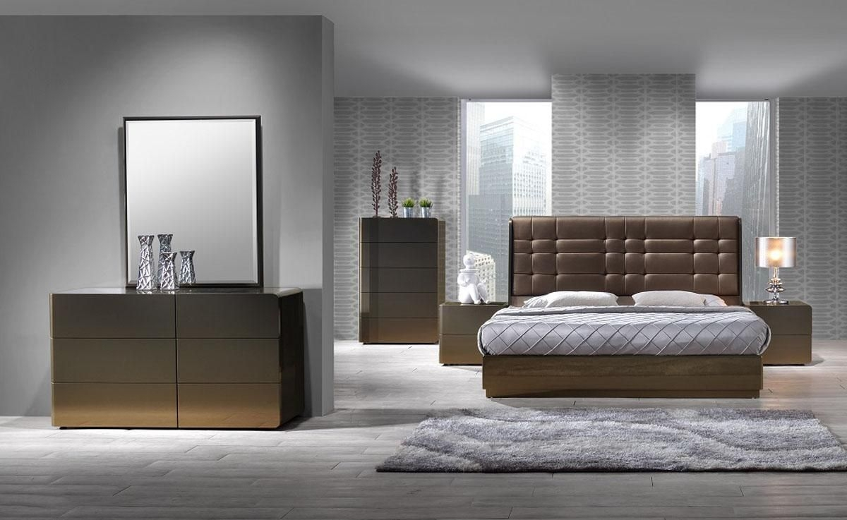 Stylish Leather High End Bedroom Furniture With Tufted Bed Madison Wisconsin Jmferrara